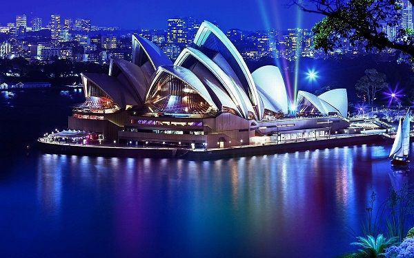2-du-lich-uc-the-opera-house-sydney-australia