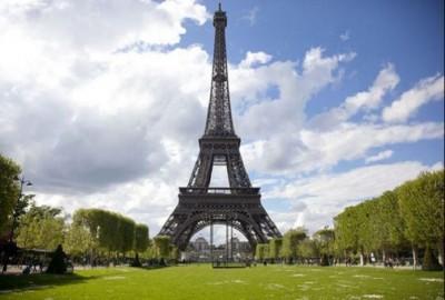 Kinh nghiệm tham quan tháp Eiffel – biểu tượng du lịch của Pháp