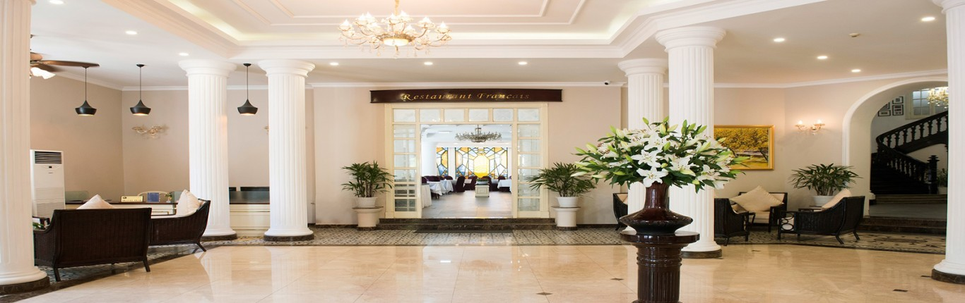 Khách sạn Hòa Bình