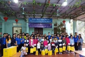 Tổng công ty Du lịch Hà Nội:San sẻ khó khăn với những mảnh đời kém may mắn