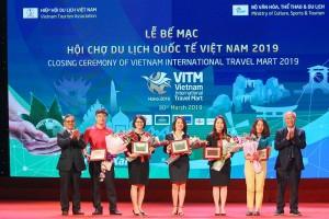 Hanoitourist vinh dự nhận nhiều giải thưởng quan trọng tại Hội chợ VITM 2019